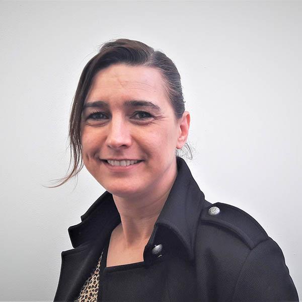 Marianne Wijen, assistente 600